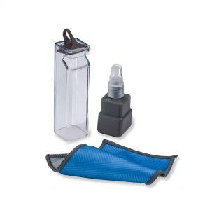 solution de nettoyage des lentilles et chiffon
